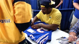 Marshawn Lynch Autograph Signing
