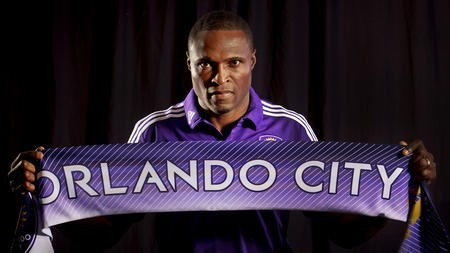 Cyle Larin Agent