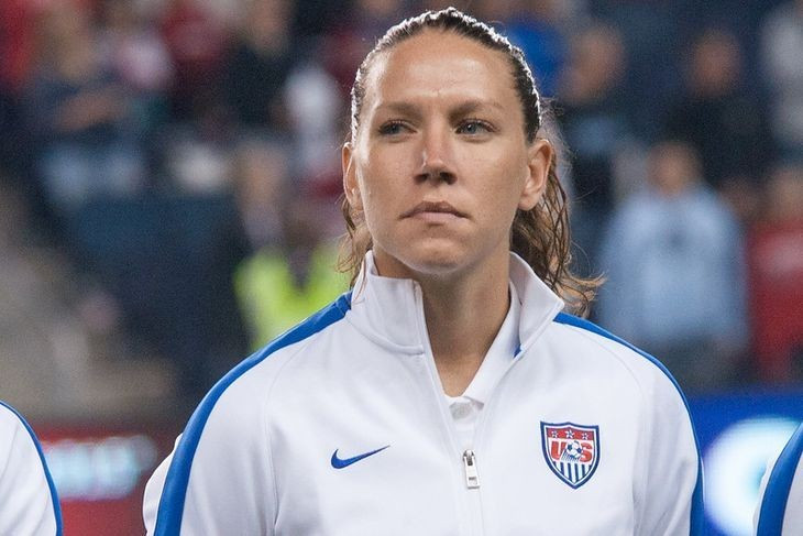 Lauren Holiday Agent