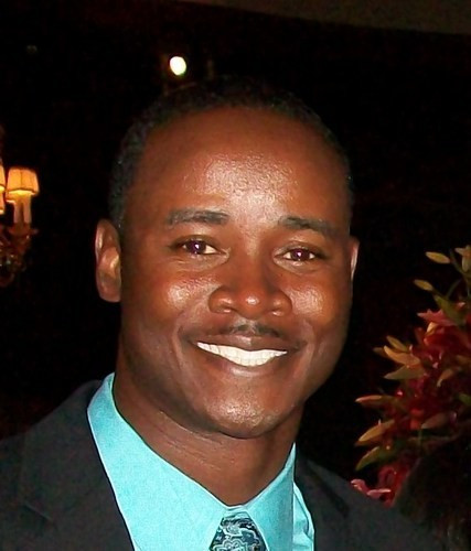 Celebrity Wedding Officiants For Hire: Ray McElroy Speaking Fee & Booking Agent Contact